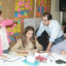 """دة. عصمت حوسو - جامعة عمّان الأهلية - ورشة عمل عن """"الجندر"""" Gender Workshop"""